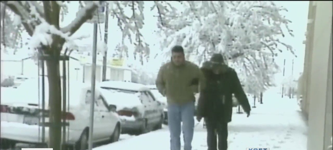 Snow blankets Bakersfield 19 years ago