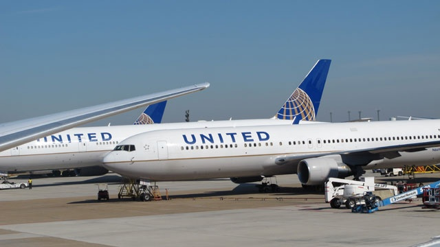 United Airlines_3034938446883153-159532