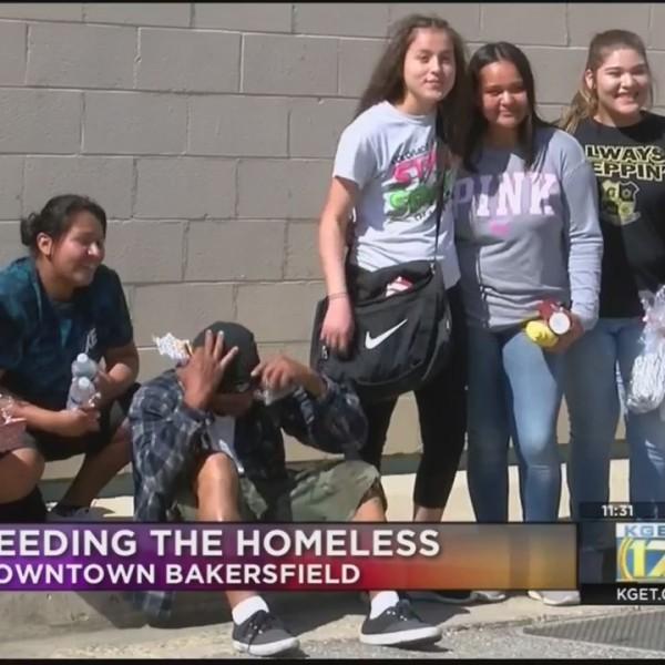 Foothill High students feed homeless in Downtown Bakersfield