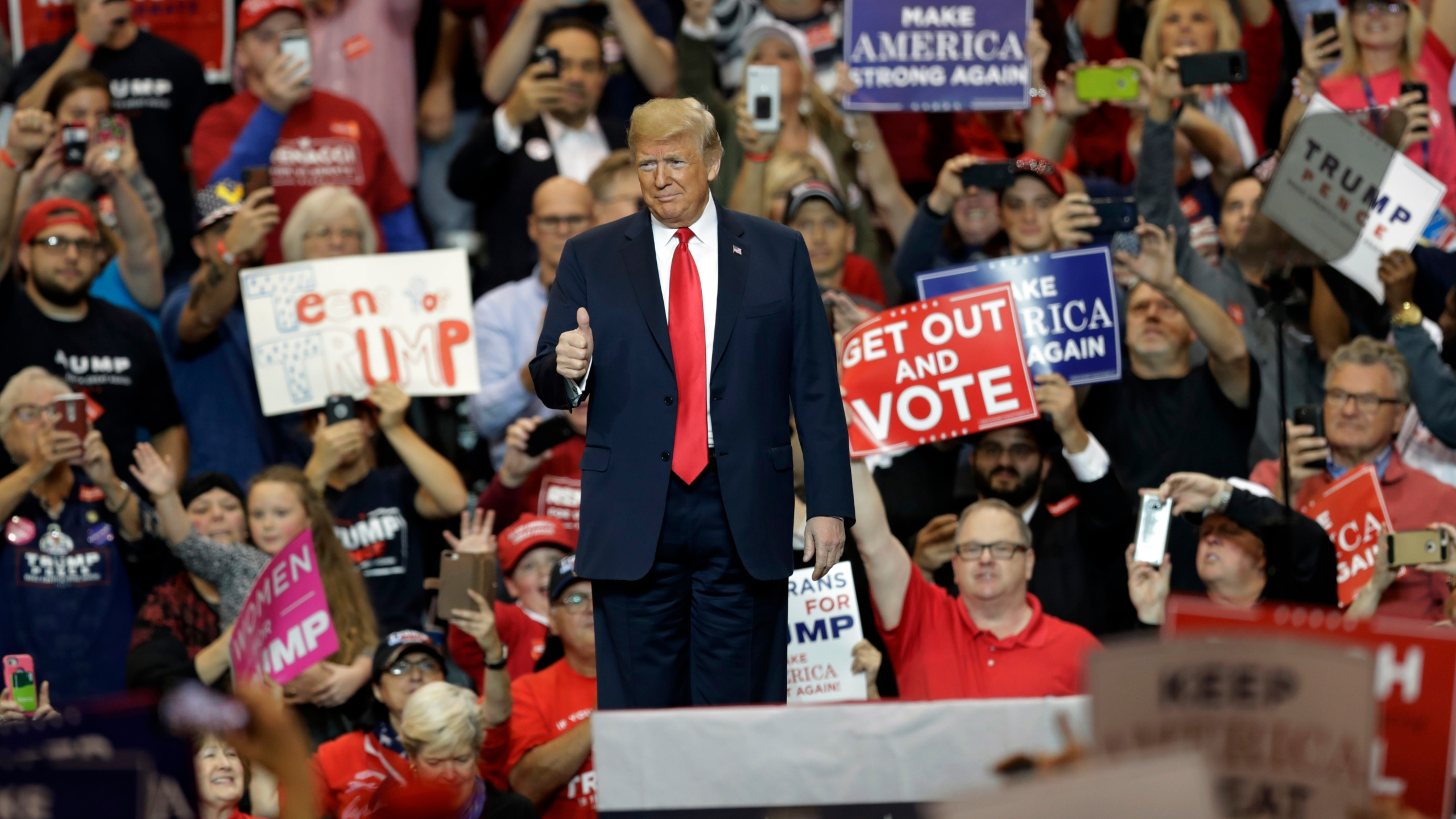 Election_2018_Trump_89025-159532.jpg05189684