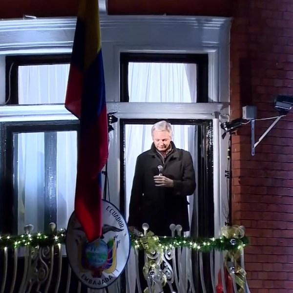 Washington lawmakers offer mixed reaction to Assange's arrest