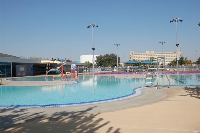 mcmurtrey aquatic center city pool_-1784350758844150865
