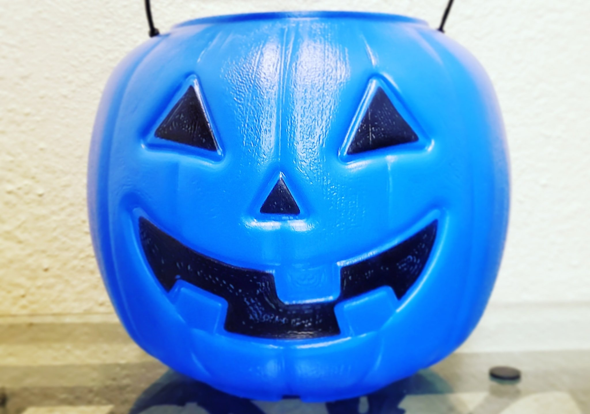 Blue pumpkin buckets aim to make trick-or-treating more ...