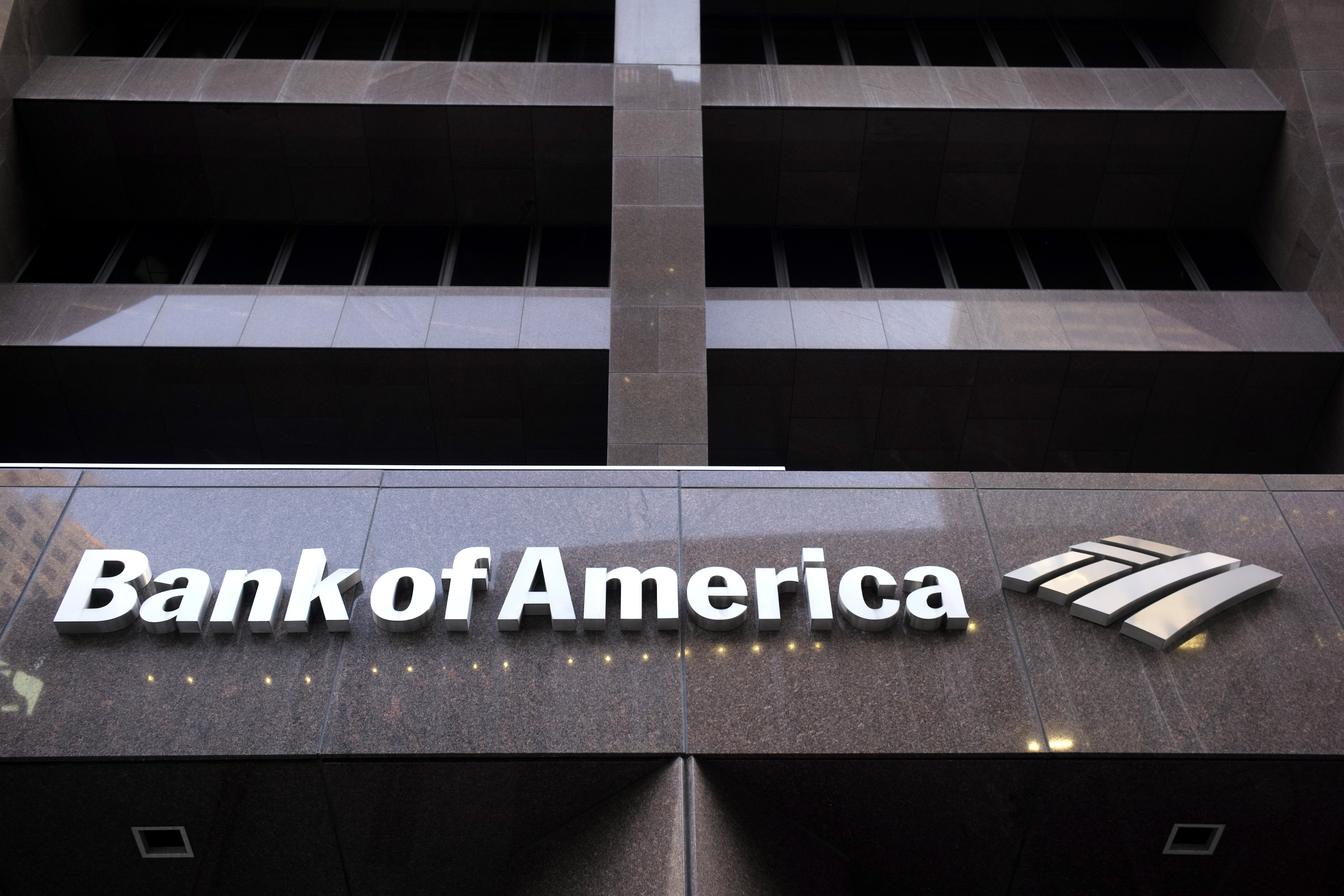 Multiple Bank Of America Locations Temporarily Closed To Help Protect Health Of Employees Clients Spokeswoman Says Kget 17