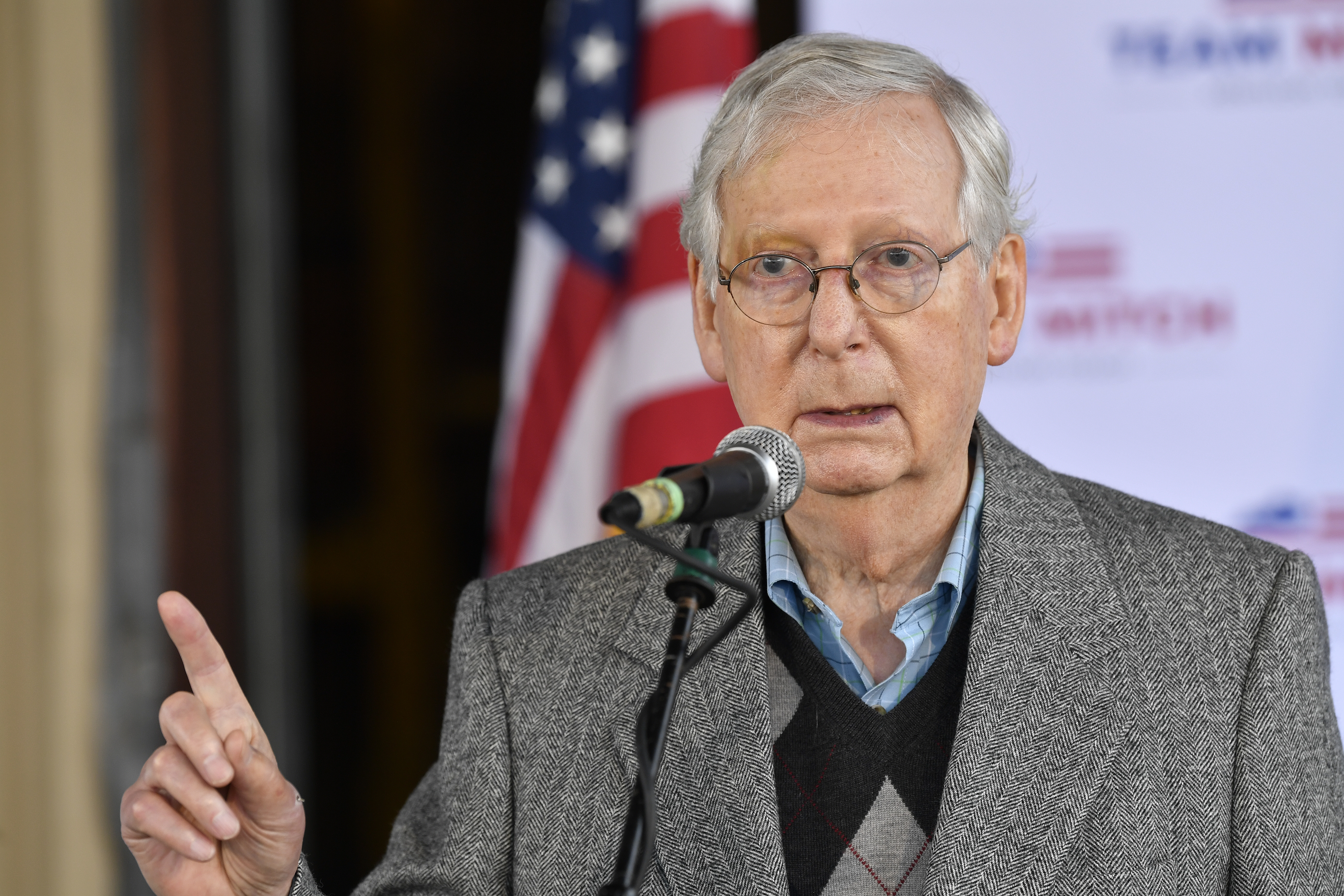 Majority Leader Mitch Mcconnell Wins 7th Term In Kentucky Kget 17